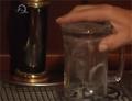Televizní reportáž o hospodě se samovýčepy